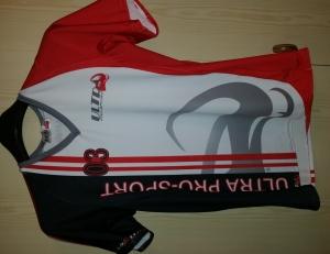 maglia volley sublimata e confezionata in igen.it - abbigliamento sportivo personalizzato. ..vedi la sezione sublimazione tessuti